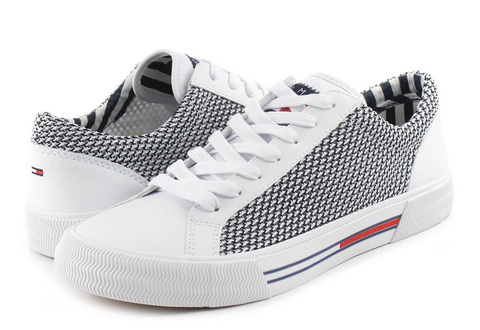 32ab7495bf Tommy Hilfiger Cipő - Dale 5c1 - 19S-0199-100 - Office Shoes ...